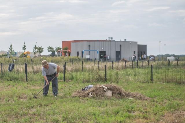 """Nowe ogrody działkowe przy ul. Przy Lotnisku powstały jako rekompensata po likwidacji ROD """"Zjednoczeni"""" na poznańskich Smochowicach.Przejdź do kolejnego zdjęcia --->"""