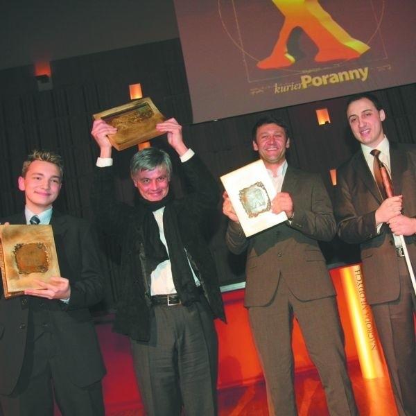 To ubiegłoroczni laureaci Złotych Kluczy za rok 2007: Bartosz Trzeciak, Piotr Tomaszuk, Artur Płatek, Tomasz Strzymiński
