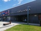 Galeria Królewska w Sandomierzu w czasie lockdownu. Od soboty działa w ograniczonym wymiarze. Zobaczcie jakie sklepy będą otwarte [LISTA]