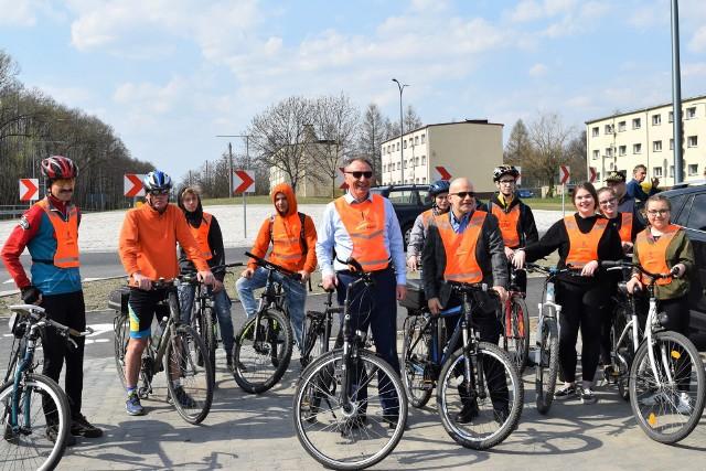 Otwarcie największego ronda w gminie Olesno, zbudowanego w  ciągu drogi wojewódzkiej nr 494. Jest to fragment miniobwodnicy, która pozwala kierowcom tirów ominąć miasto.