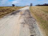 Książ Wielki. Rada Gminy wyznaczyła drogi gminne do remontu w tym roku. Drogowcy naprawią siedem odcinków