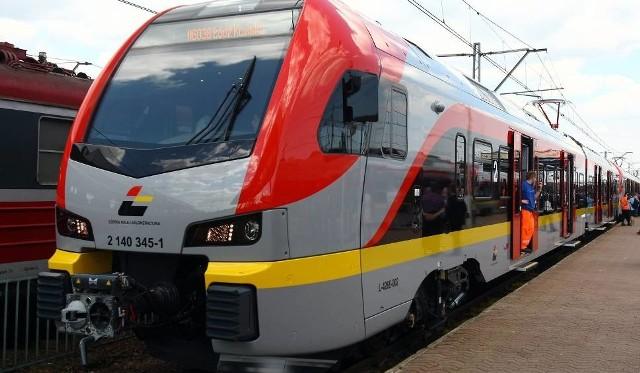 Pociągi ŁKA zmienią godziny odjazdów, albo zostaną zastąpione autobusową komunikacją zastępczą na trasie Pabianice - Łask