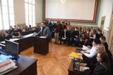 Zapadł wyrok w sprawie Bartosza D. z Chełmży, który skatował psa Fijo