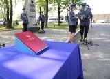 Uroczystości rocznicowe i nowi policjanci w małopolskim garnizonie [ZDJĘCIA]