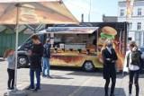 Leszno: Festiwal Smaków Food Trucków zagościł na Nowym Rynku. Wielka plenerowa impreza [ZDJĘCIA]