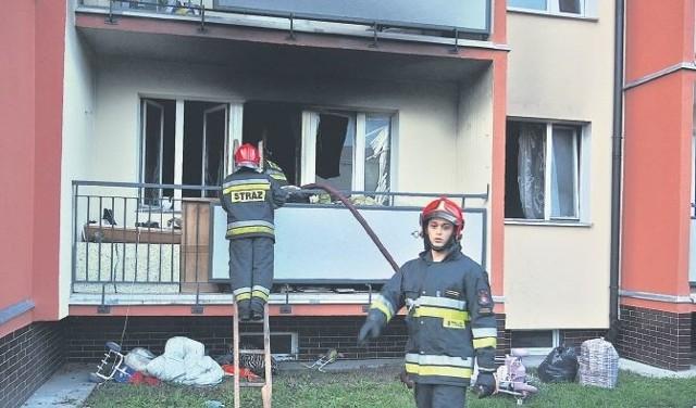 Akcja gaśnicza trwała godzinę. Na miejscu działało jedenastu strażaków ze stargardzkiej straży pożarnej.