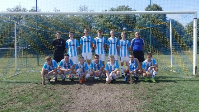 Wakacyjny turniej piłki ręcznej juniorów w Rzeczycy (Świebodzin)