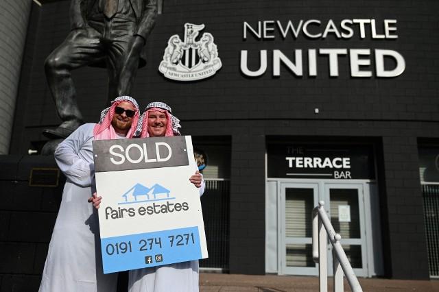 Saudyjski Fundusz Inwestycyjny, którym kieruje książę Arabii Saudyjskiej Mohammed bin Salman, został właścicielem Newcastle United. Czterokrotny mistrz Anglii automatycznie został najbogatszym klubem na świecie, który może dysponować większymi pieniędzmi, niż pozostałych dziewięć w zestawieniu TOP 10.