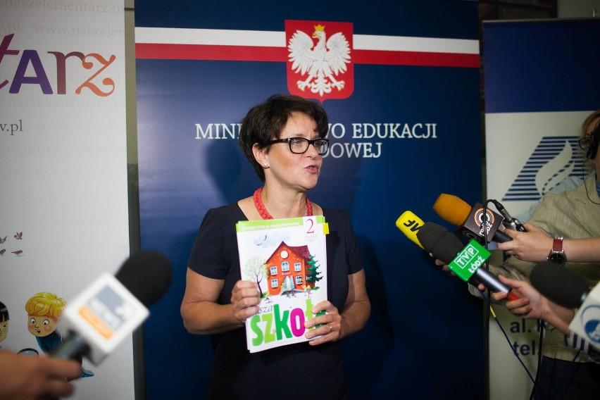Joanna Kluzik-Rostkowska w łódzkim kuratorium. Minister edukacji mówiła o darmowych podręcznikach
