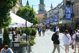 Lublin w promieniach słońca. Zobacz zdjęcia z fotograficznego spaceru po Śródmieściu