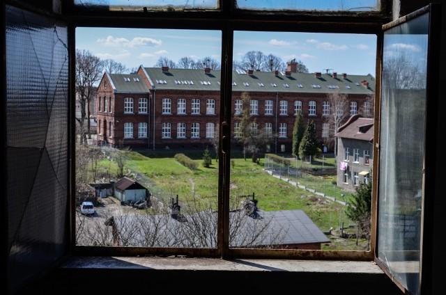 Po sprywatyzowaniu, zabytkowe młyny Wiecherta w Starogardzie Gdańskim zaczęły niszczeć, podupadać i powoli obracać się w ruinę. Opuszczony zakład ograbiali złomiarze. W maju 2013 roku i w marcu 2016 roku wybuchły w nim pożary, które zniszczyły część zabudowań.