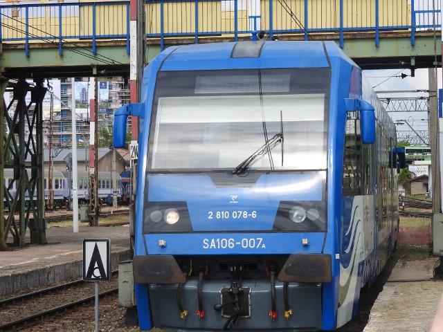 Szynobusy SA106 są przystosowane do jazdy z prędkością 120 km/h.