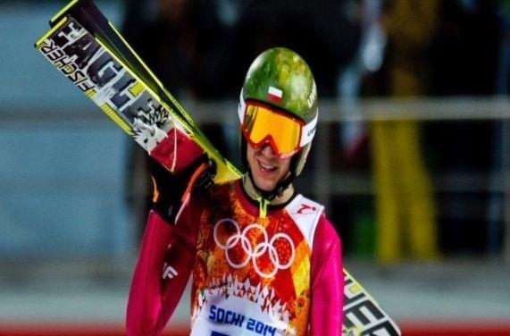 Skoki narciarskie. Polacy na czwartym miejscu w konkursie drużynowym