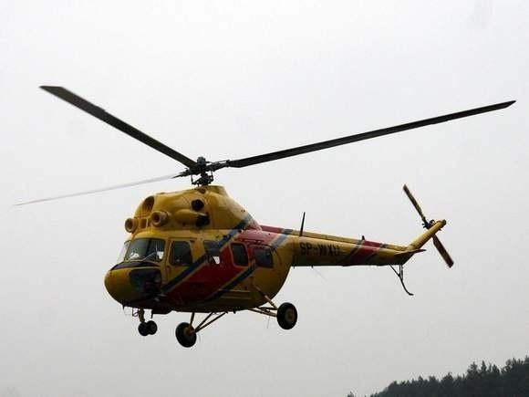 Z urazem głowy i śledziony przetransportowano ją śmigłowcem do szpitala w Białymstoku.
