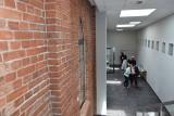 Tak w Więcborku wygląda Centrum Aktywności Lokalnej. Piękna neogotycka budowla dostała drugie życie. Zobacz zdjęcia z otwarcia
