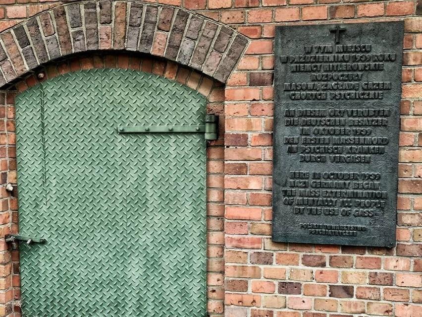 Łącznie w Forcie VII w Poznaniu życie straciło ponad 20 tys....