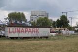 Koniec wesołego miasteczka na placu Społecznym. Właściciel ma uprzątnąć teren