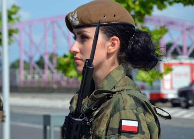Przysięga WOT na Dolnym Śląsku. Ślubowanie złożyło blisko stu żołnierzy