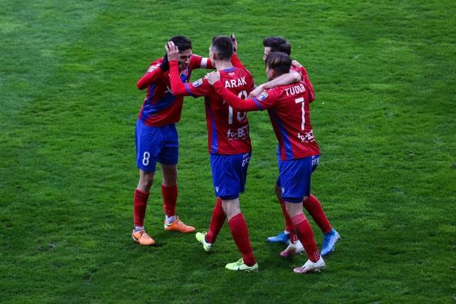 W finale Pucharu Polski 2021 Raków Częstochowa zagra z Arką Gdynia.