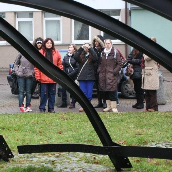 Grupa z Izraela podczas wycieczki Szlakiem Dziedzictwa Żydowskiego w Białymstoku.