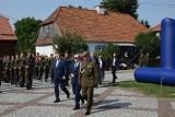 Wicepremier Piotr Gliński odwiedził Tykocin. Uczestniczył w przysiędze żołnierzy, zwiedził także Wielką Synagogę [ZDJĘCIA, WIDEO]
