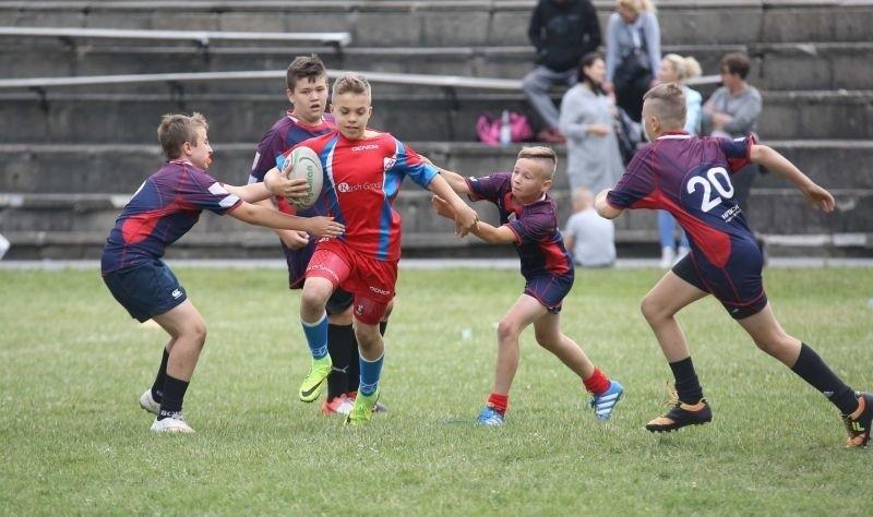 Uwaga dzieci. Od poniedziałku atrakcyjne ferie z rugby!