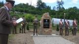 W Zatwarnicy w Bieszczadach UPA zamordowało kilkudziesięciu Polaków. O ofiarach przypomina obelisk [ZDJĘCIA]