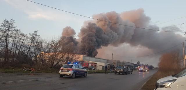 Pożar drukarni przy ul. Nad Drwiną