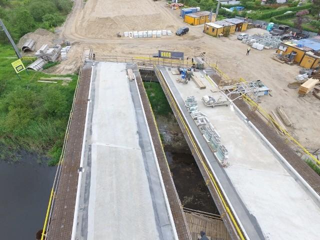 W naszym regionie trwa realizacja drogi ekspresowej S6. Zobaczcie najnowsze zdjęcia z postępu prac na odcinku Kołobrzeg Zachód - Ustronie Morskie.Zobacz także Stanisław Gawłowski o drodze S6