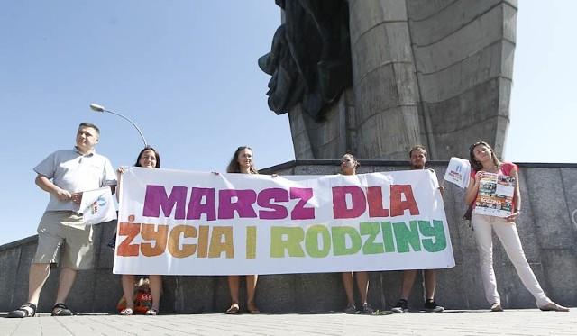 Pikieta w obronie życia i rodziny w RzeszowieMarsz dla Życia i Rodziny odbędzie się w Rzeszowie  26 maja.