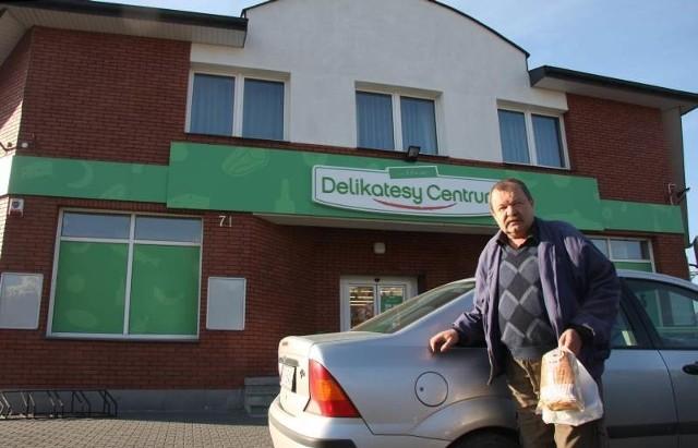 Stałym klientem Delikatesów Centrum przy ulicy Klonowej w Kielcach jest Adam Telka.