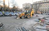 Remontują parking między Manufakturą i ul. Zachodnią