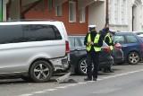 Kierowca BWM staranował 10 samochodów na ul. Krasińskiego! [ZDJĘCIA]