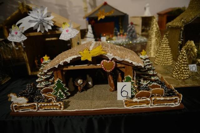 Życzenia świąteczne, ładne wierszyki bożonarodzeniowe [SMS, ŻYCZENIA NA BOŻE NARODZENIE]