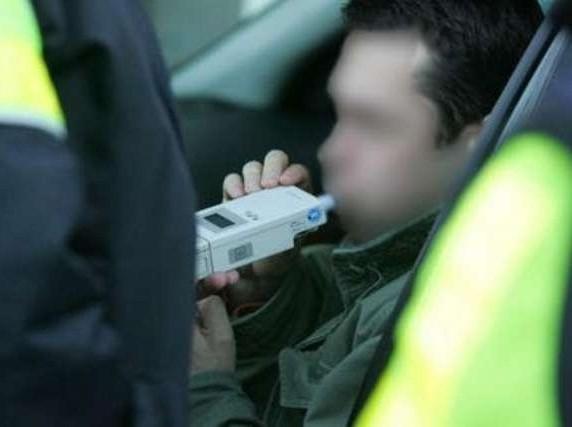 W powiecie bytowskim zatrzymano dwóch pijanych kierowców