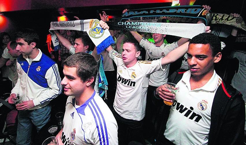 Tak było w lubelskim klubie Kazik podczas meczu Real - Barcelona. Kibiców na Euro będzie jeszcze więcej