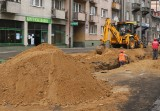 Trwają prace na ulicy 25 Czerwca w Radomiu. Wymieniają rury, utrudnienia będą jeszcze przez kilka tygodni