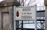 Grudziądz. Rondo nad Wisłą nosi imię księdza profesora Janusza Pasierba. Odsłonięto także tablicę pamiątkową [zdjęcia]