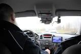 Pędził BMW przez Mrozowo. Stracił nie tylko prawo jazdy