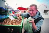 Ostatnie kurki i pierwsze orzechy na rynkach