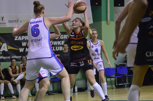 Koszykówka kobiet: AZS Poznań - Dekorex Pabianice 71:48 [ZDJĘCIA]
