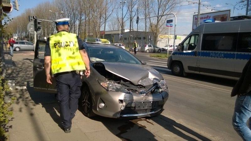 Wypadek na Bandurskiego. Zderzyły się trzy samochody [zdjęcia]