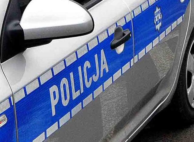 Sprawcę kradzieży policjanci zatrzymali po krótkim pościgu.