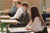Znamy wstępne wyniki egzaminu ósmoklasisty. Jak poradzili sobie uczniowie z Wielkopolski?