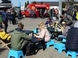 """W centrum handlowym """"Tkalnia"""" odbędzie się festiwal food trucków. Co będzie można zjeść? 30.04.2021 r."""
