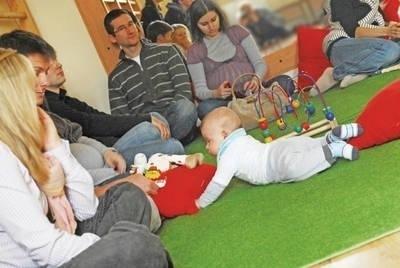 W warsztatach uczestniczyli i rodzice, i dzieci Fot. Alicja Szwinta-Dyrda