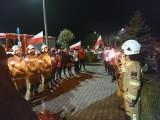 Członkowie Zabieganego Skaryszewa i strażacy - ochotnicy uczcili Żołnierzy Wyklętych wieczornym biegiem