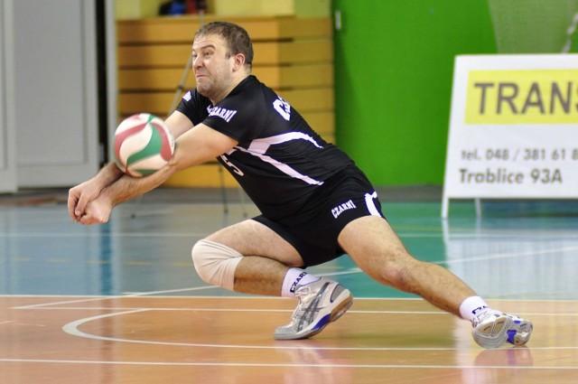 Paweł Biliński jest jednym z siatkarzy najdłużej związanych z Czarnymi Radom. Nie wie, czy w przyszłym sezonie zagra w pierwszoligowej drużynie