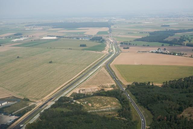 Tak wyglądał plac budowy trasy ekspresowej S5 na odcinku Poznań - Wronczyn w sierpniu tego roku.
