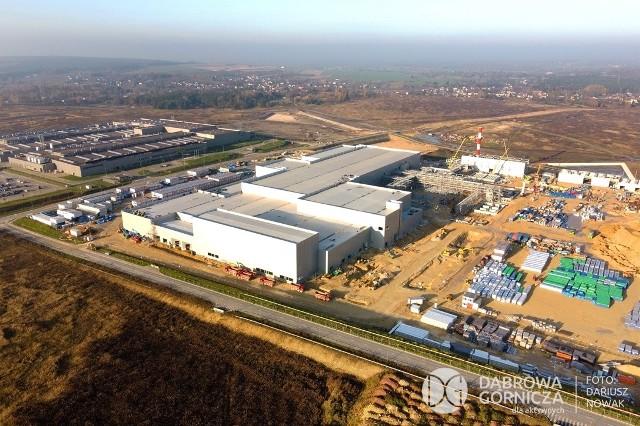 Tak wygląda budowa nowej fabryki koreańskiego inwestora w Dąbrowie Górniczej na najnowszych zdjęciach Zobacz kolejne zdjęcia/plansze. Przesuwaj zdjęcia w prawo - naciśnij strzałkę lub przycisk NASTĘPNE